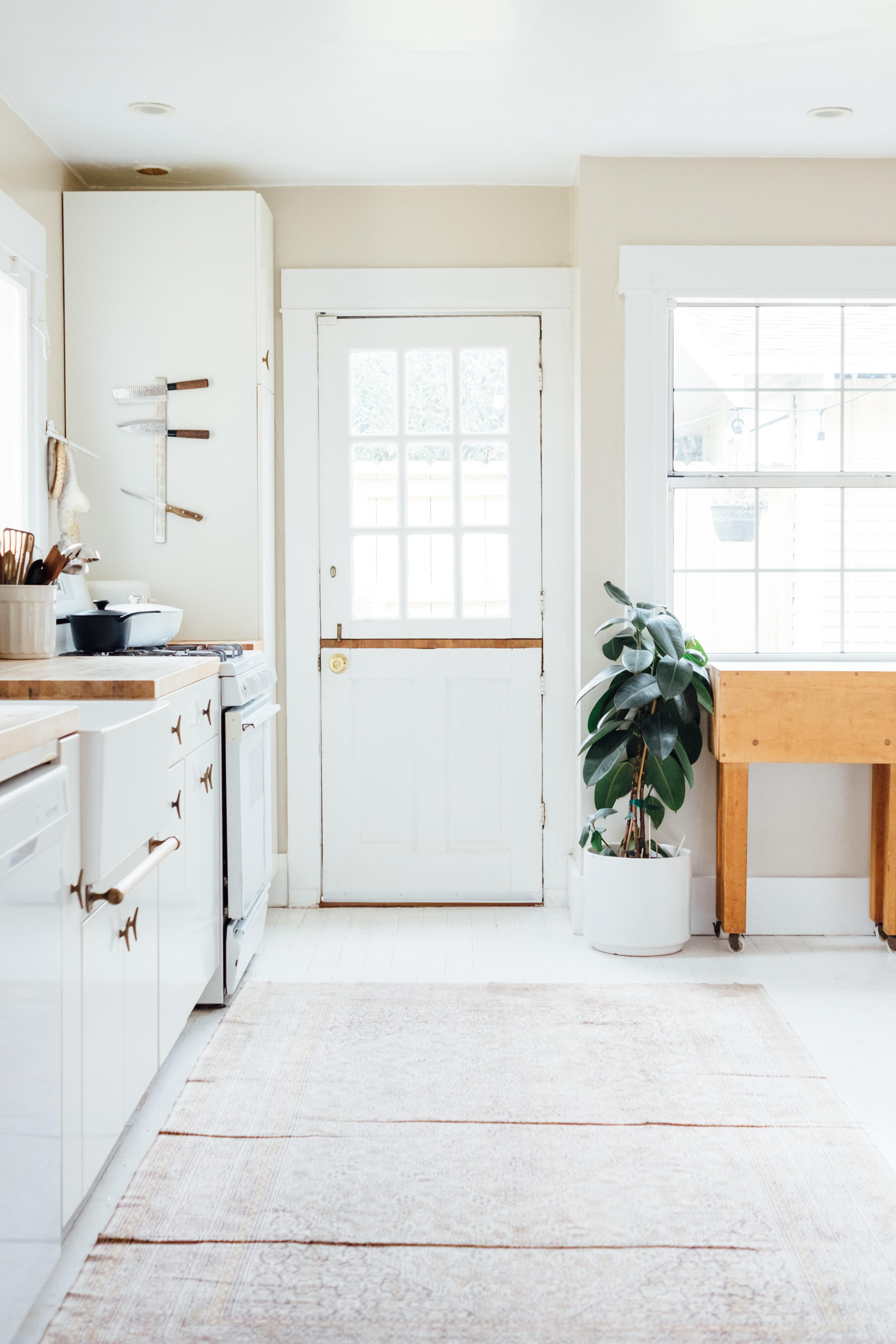 The 7 Home Decor Items I've Gotten To Make My Home Feel Like My Own